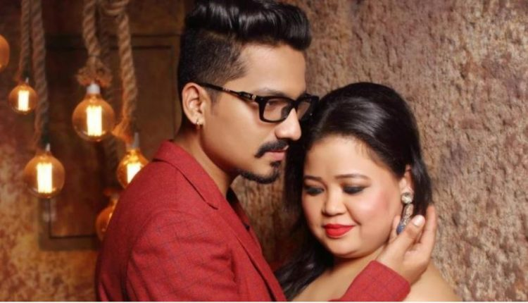 Haarsh Limbachiyaa and Bharti Singh Spotted at Aditya Narayan's wedding Reception