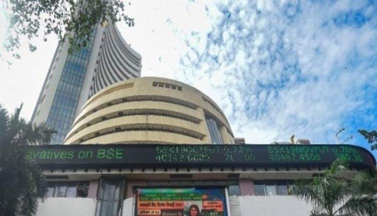 Sensex Rallies 689 Pts To End At Fresh High