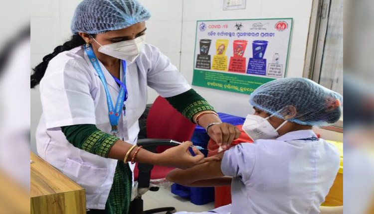 Odisha Asks Centre To Allow Covid-19 Vaccination At BSKY Empanelled Pvt Hospitals