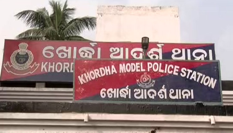 Odisha Villagers Foil Girl Child Theft Attempt, Rough Up Accused