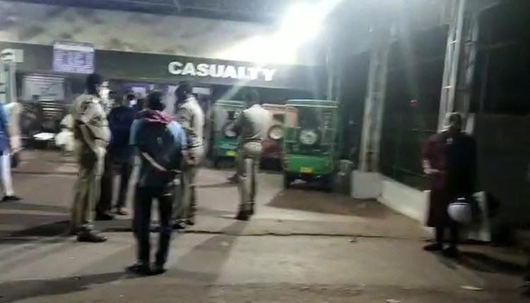 Odisha: Many injured in armed clash between two groups in Bhubaneswar, shots fired