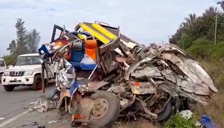 Karnataka Road Mishap: 13 Including 11 Women Killed