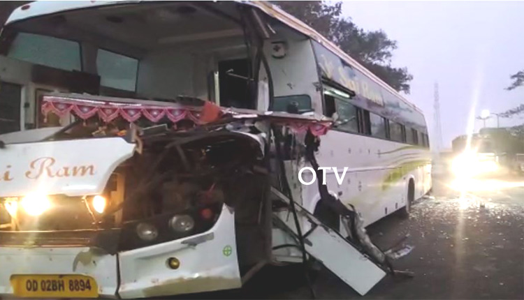 Odisha: Close Shave For 40 Passengers As Hyva Hits Bhubaneswar-Bound Bus In Boudh