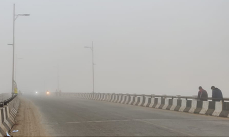 Dense fog engulfed Trisulia Bridge in Cuttack