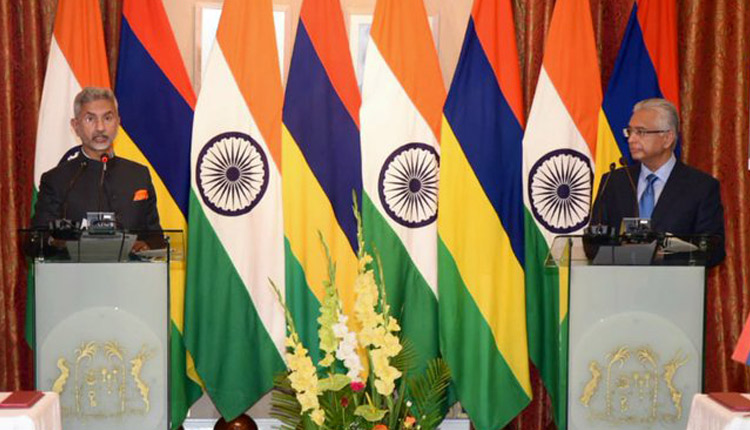 India Offers USD 100 Million Line Of Credit To Mauritius To Facilitate Procurement Of Defence Assets