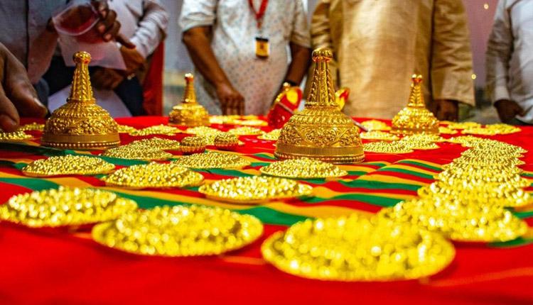 gold donation at puri srimandir